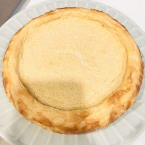 ベイクドチーズケーキ 焼けた後 型から外した状態